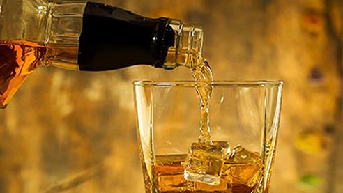 A glass of Irish whisky