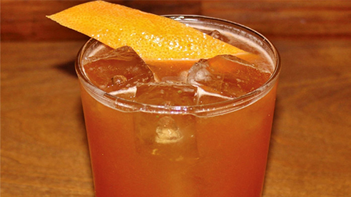 Shandy maker cocktail with garnish