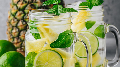 White wine sangria with pineapple and lemon slices